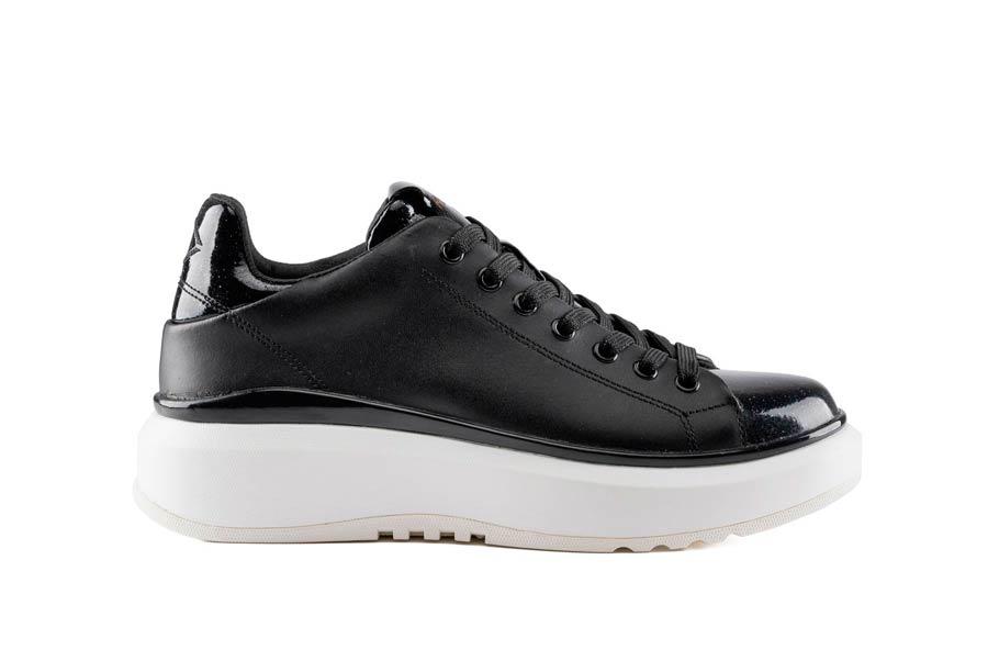 AROMAS 0562 BLACK BLACK