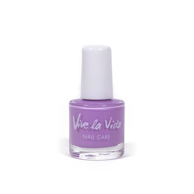 Esmalte de uñas violeta 589 Vive la vida