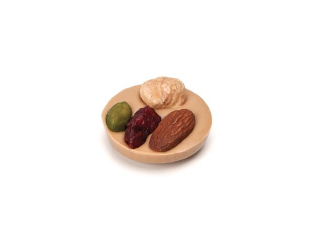 Mini mendiant caramel