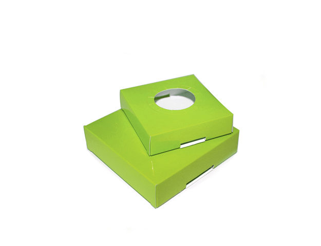 Socle vert pour boîte pâques