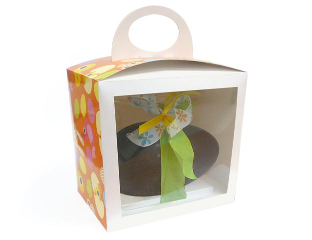 Boîte Pâques avec fenêtre