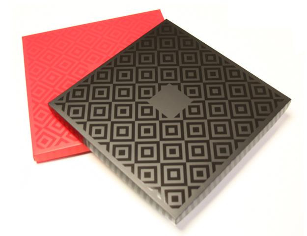 Caja Trendy 64bom. negra+bnz br. 312x312x23/cj.12u